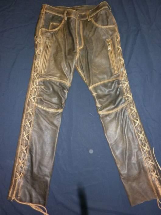 Штаны кожаные со шнуровкой
