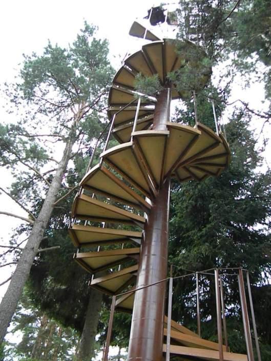 Дом на дереве - металлоконструкции