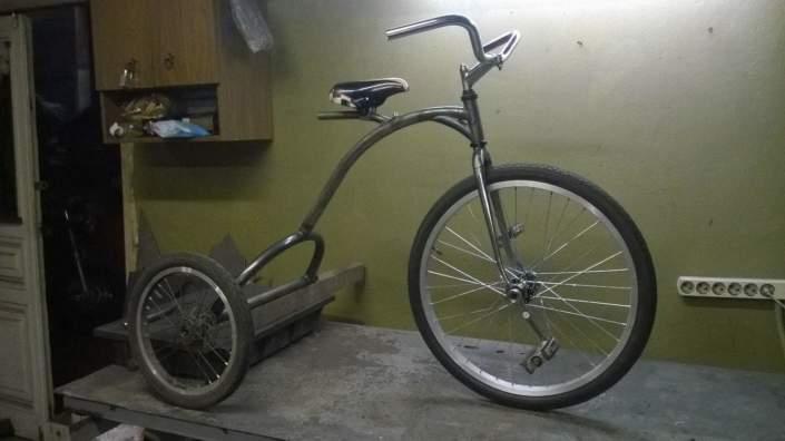 Трёхколёсный велосипед для спектаклей в театре им. Товстоногова.